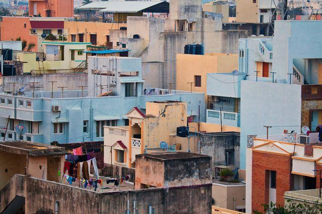Tight-packed buildings in Chennai, India. Photo by Vinoth Chandar/flickr