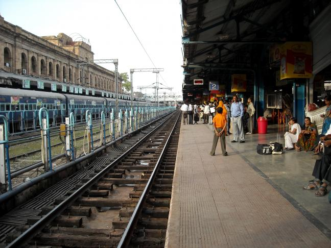 World's largest rail network consumes more electricity than Sri Lanka, but is taking new steps to cut power use. Photo by Sistak/Flickr
