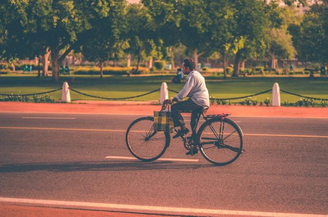The challenge to mainstream cycling in Indian cities is not new, but the pandemic has given the opportunity to convert this temporary surge in cycling to a sustained new normal. Photo by Dewang Gupta/Unsplash